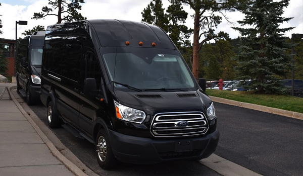 FORD-TRANSIT-LUXURY-VAN
